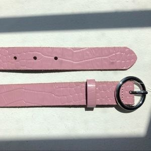 UO Pink Croc Circle Belt (100% cow leather) large